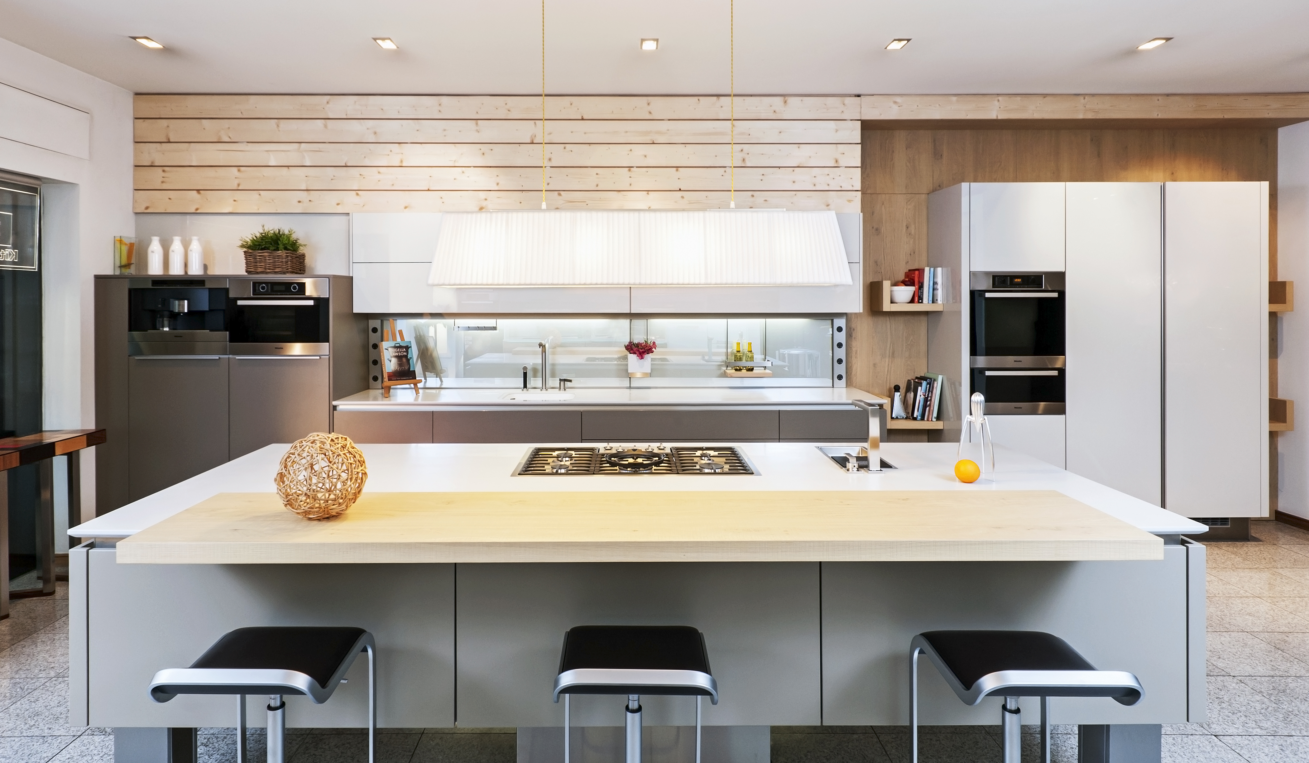 DISPLAY FOR SALE - Arena Kitchens
